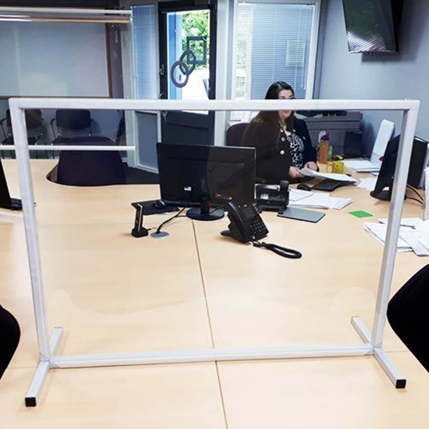 Picture of Protective Table Top Screen